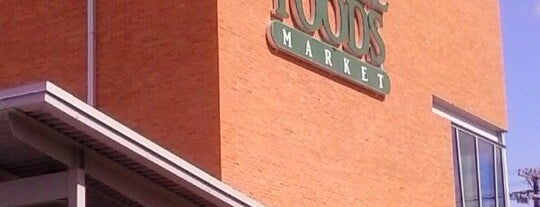 Whole Foods Market is one of John'un Beğendiği Mekanlar.