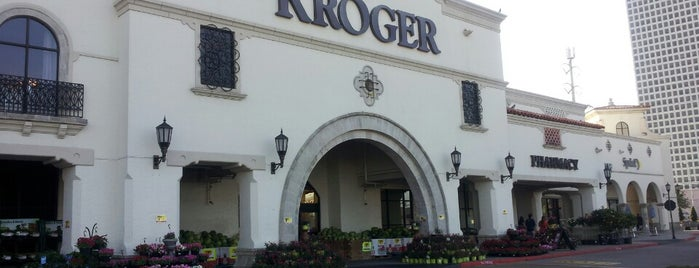 Kroger is one of Lugares favoritos de Ruben.