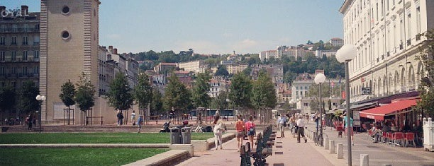 Lyon is one of Lugares favoritos de Pierre.