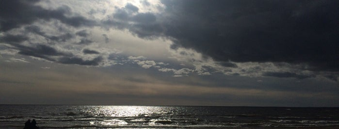 Пляж «Ласковый» is one of Lieux qui ont plu à Natalie.