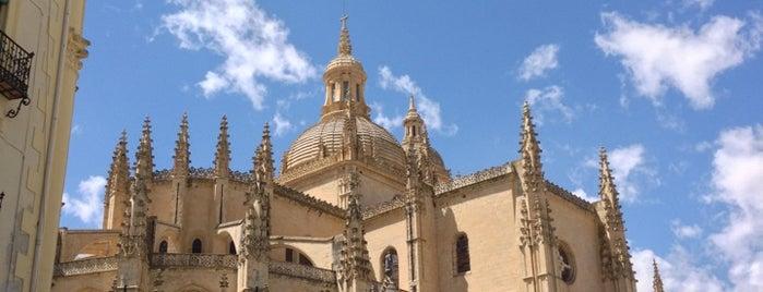 Segovia is one of Lieux qui ont plu à Natalie.