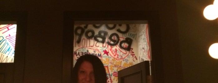 The Hat Bar is one of Locais curtidos por Natalie.