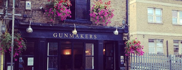 The Gunmakers is one of Gespeicherte Orte von Eva.