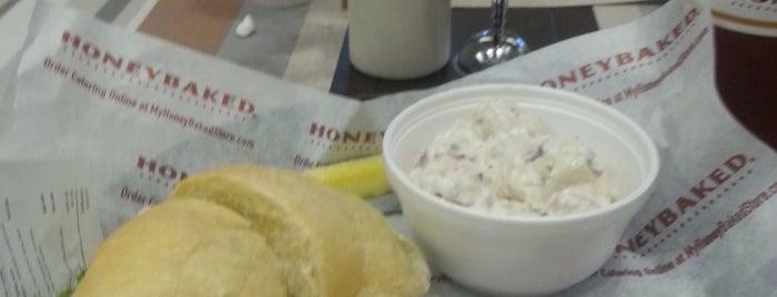 The Honey Baked Ham Company is one of Cross'un Beğendiği Mekanlar.