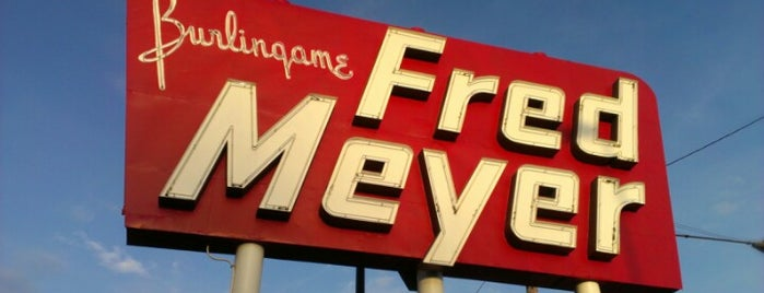 Fred Meyer is one of Portland Signs.