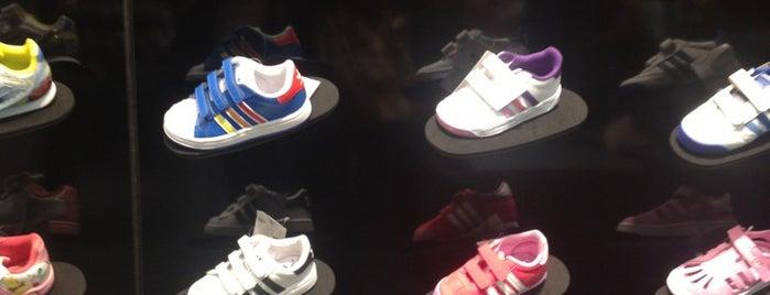 adidas is one of Tempat yang Disimpan Srkn.