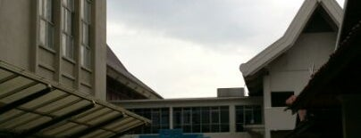 National Museum (Muzium Negara) is one of Attraction Places to Visit.