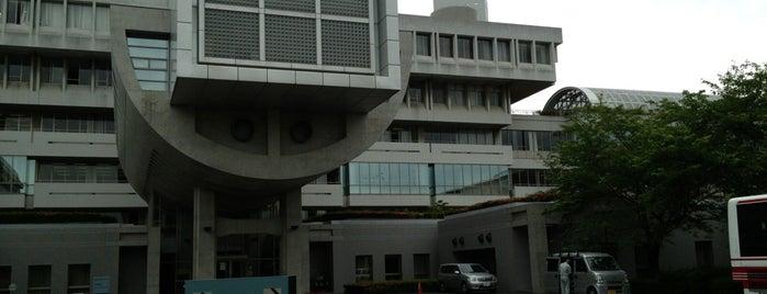 桐蔭学園 is one of 丹下健三の建築 / List of Kenzo Tange buildings.