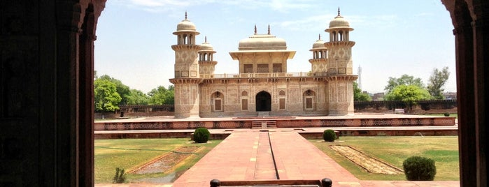 Tomb of Itimad ud Daulah | Baby Taj is one of India.