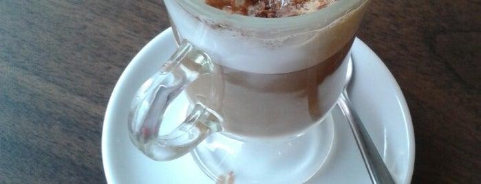 Café Dapraça Bistrô is one of Coffee & Tea.