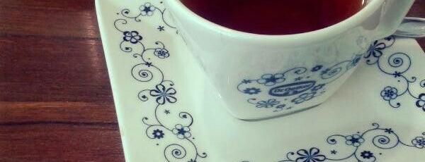 L'Espresso Caffè is one of Coffee & Tea.