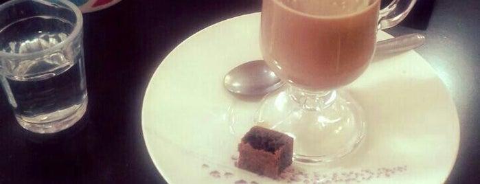 Nova York Café is one of Coffee & Tea.