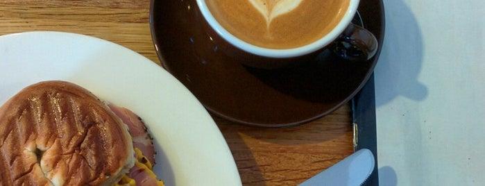 Browns Of Brockley is one of Cafés EU.