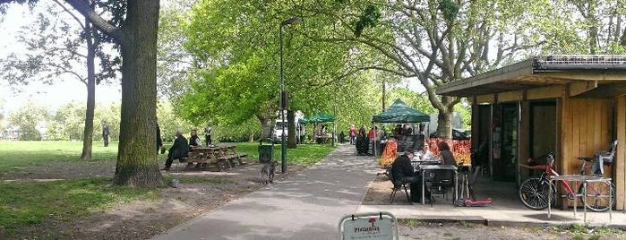 Hilly Fields Farmers Market is one of London Markets.