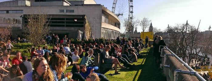 Southbank Centre Roof Garden, Café & Bar is one of London roof terraces.