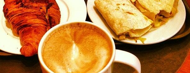 Starbucks is one of Tempat yang Disimpan Najla.