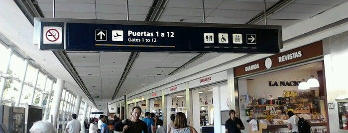 Aeroparque Jorge Newbery (AEP) is one of International Airport Lists (2).