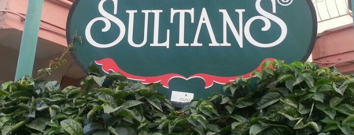 Sultan's Cafe is one of Balıkesir Cafeler.