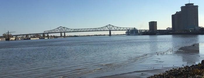 Mississippi River Heritage Park is one of Lugares favoritos de Davide.