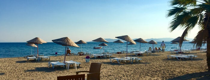 Zeus Beach Club is one of themaraton.
