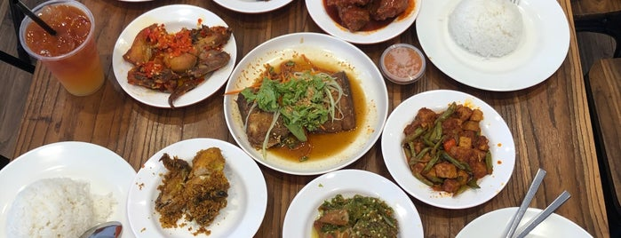 Rumah Makan Minang is one of Great Places.