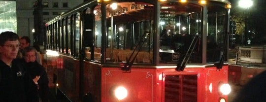 Old Town Trolley Tours is one of DC - Must Visit.