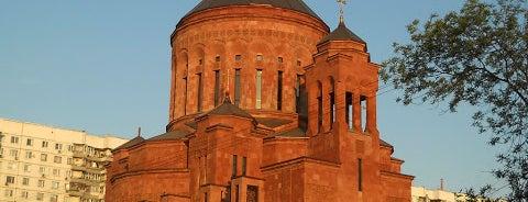 Армянский храмовый комплекс is one of По Москве с Алексеем Борисовым.