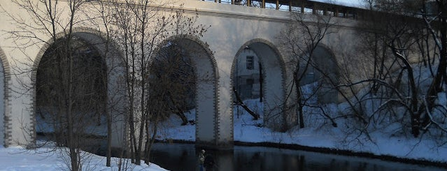 Ростокинский акведук is one of По Москве с Алексеем Борисовым.