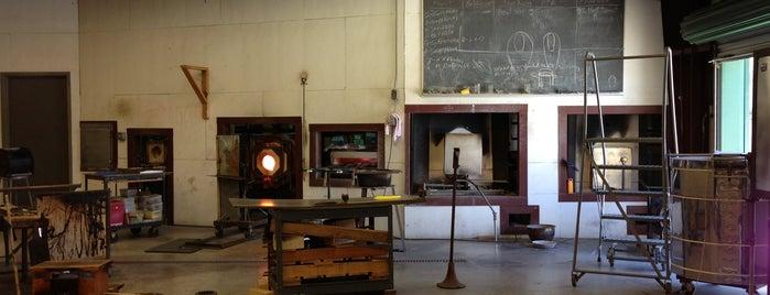 Wimberley Glassworks is one of San Antonio-Art Galleries.