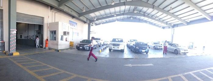 Toyota Body & Paint Service is one of Orte, die Farouq gefallen.