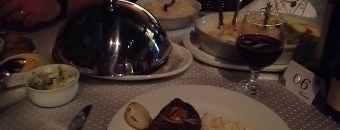 Bacarat Restaurante is one of Tempat yang Disukai Bruno.