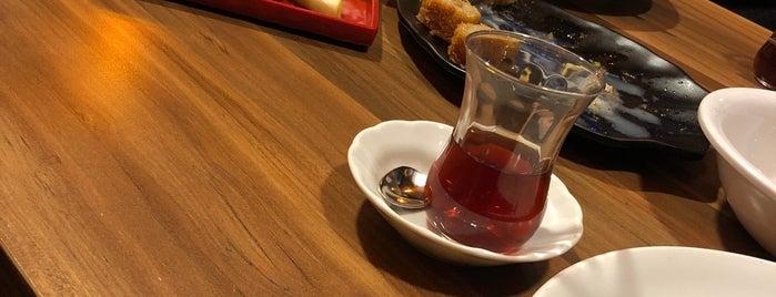 Etzade Restaurant is one of Alper D 님이 좋아한 장소.