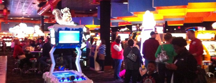 Dave & Buster's is one of Rob's Liked Places.
