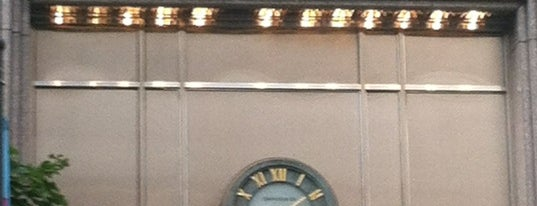 Tiffany & Co. is one of Cet Obscur Objet du Désir.
