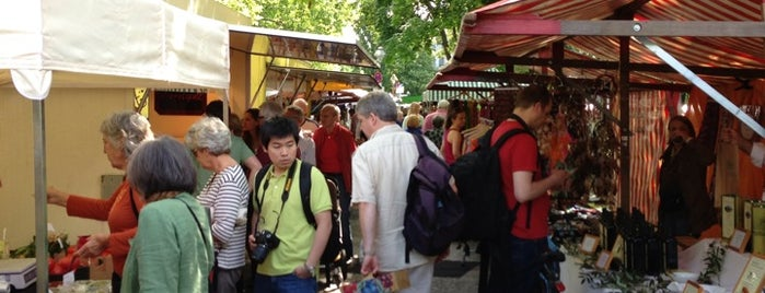 Wochenmarkt Karl-August-Platz is one of Berlin to-do list.