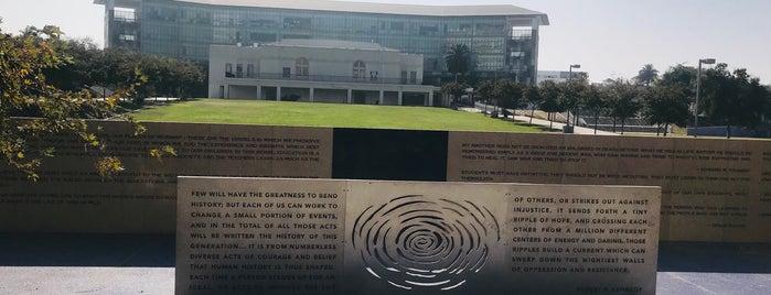 Robert F. Kennedy Inspiration Park is one of Tempat yang Disimpan ᴡ.