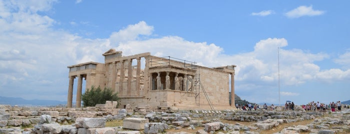 Acropolis of Athens is one of สถานที่ที่ Marco ถูกใจ.