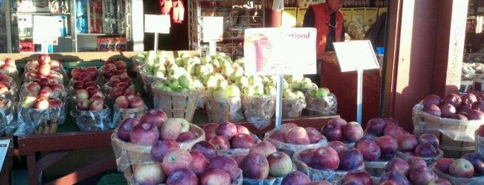 Joseph's Wayside Market is one of Naples, NY.