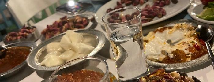 Bayazhan Restaurant is one of Tempat yang Disukai 🎀Eylulserap.