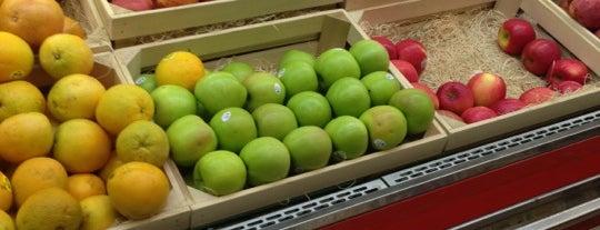 Yes! Organic Market is one of Orte, die Lisa gefallen.