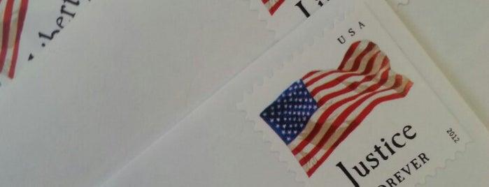 United States Post Office is one of Tempat yang Disukai Sharon.
