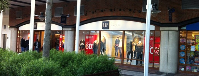 Gap Factory Store is one of Lugares favoritos de S.