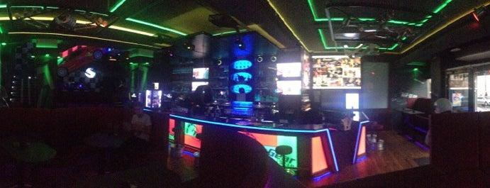 Top Gear Bar is one of Nejlepší studentské party venues.