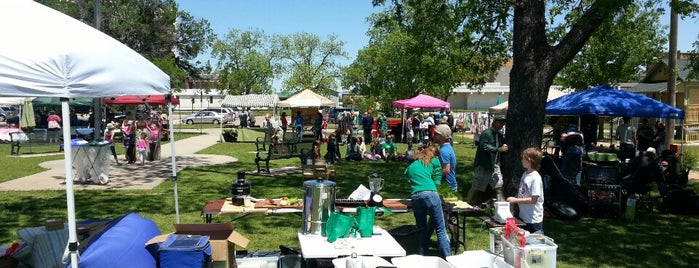 Denton Community Market is one of Lieux qui ont plu à theneener.