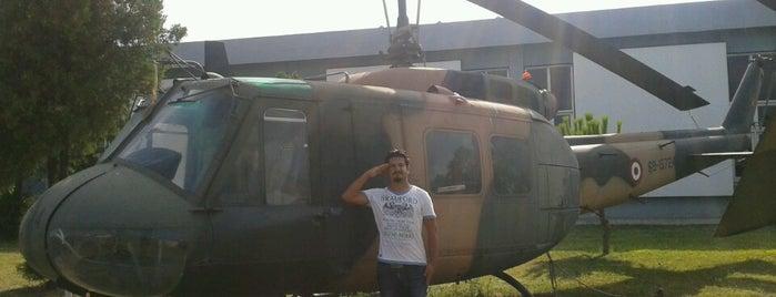 Havacılık Müzesi is one of Locais curtidos por Kerim.