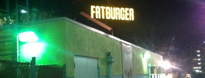 Fatburger is one of Lugares favoritos de Mike.