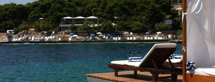 Bonj Les Bains is one of Hvar.