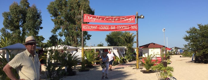 L'Idylle Cafe Plage is one of Finde parents.