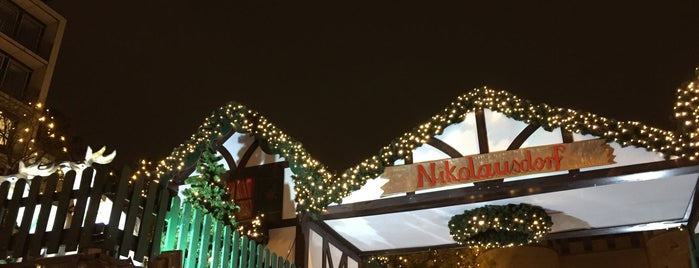 Weihnachtsmarkt Nikolausdorf is one of Locais salvos de Leonard.