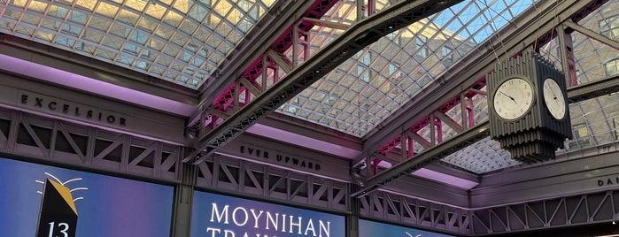 Moynihan Train Hall is one of Benjamin : понравившиеся места.